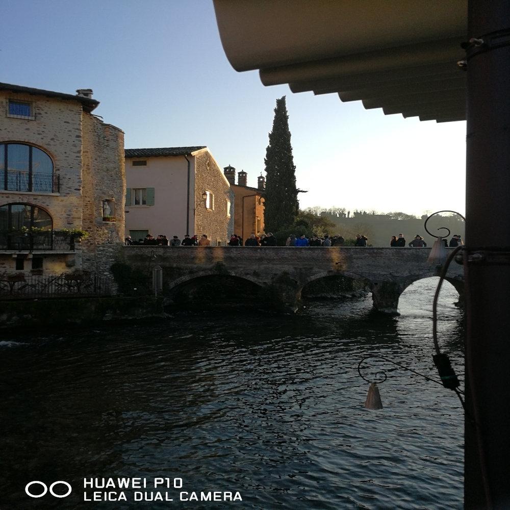 Visuale del ponte di legno, Borghetto, Verona